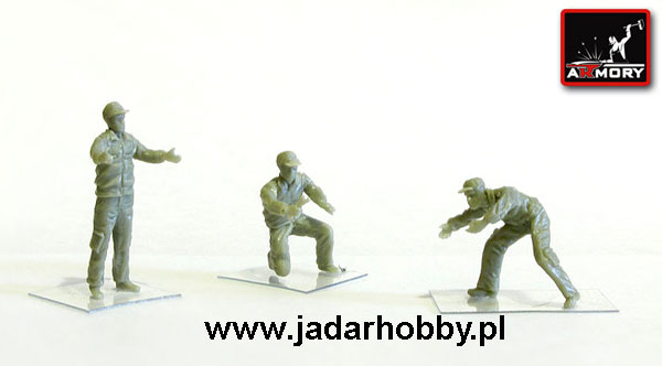 Armory AR F7214 Soviet/Russian modern airfield ground personnel (1/72)