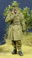 D-Day Miniature 35091 (BACKORDER) 1/35 WW2 BEF Officer, France 1940