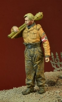 D-Day Miniature 35108 1/35 WWII Hitlerjugend boy with Panzerfausts - 1945