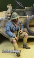 D-Day Miniature 35120 1/35 WWI Anzac soldier sitting